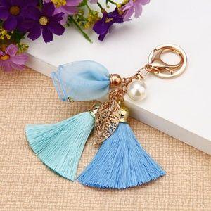 NEW Cute Flower Tassel Handbag Charm / Keychain 68